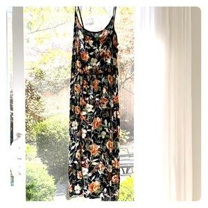 Forever 21 spaghetti strap floral dress